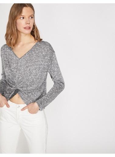 Koton Koton Metalik Detaylı Gri Uzun Kollu T-Shirt Gri